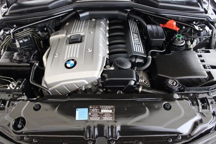 BMW 530i Engine